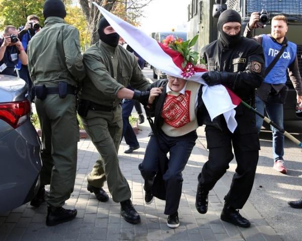بازداشت صدها معترض در تظاهرات پایتخت بلاروس