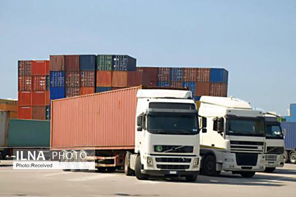 تردد ۵۰۰ کامیون انواع کالا از مرزهای نوردوز و جلفا در هر شبانه روز