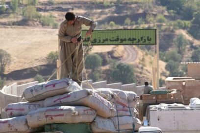 مرزنشینان چقدر ارز صادراتی را باز نگرداندند؟