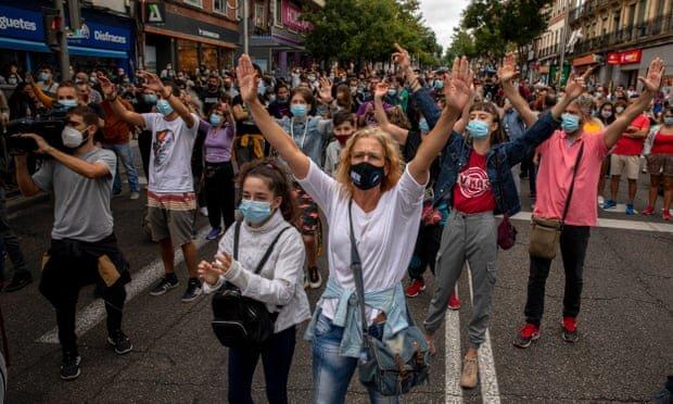 اعتراضات در مادرید علیه تدابیر کرونایی