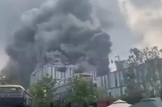 ببینید   آتش سوزی گسترده در آزمایشگاه بزرگ هواوی