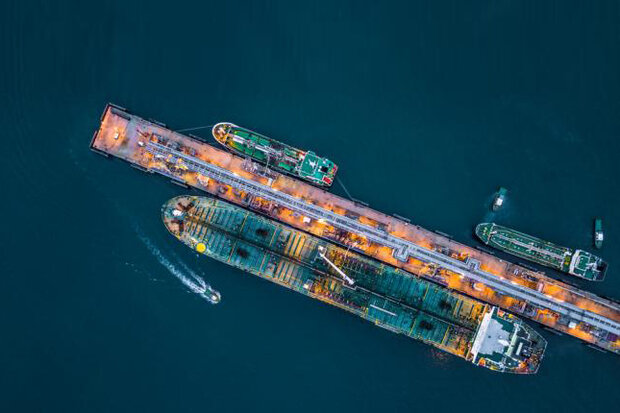 صادرات نفت خام ایران علیرغم تحریمها جهش کرد