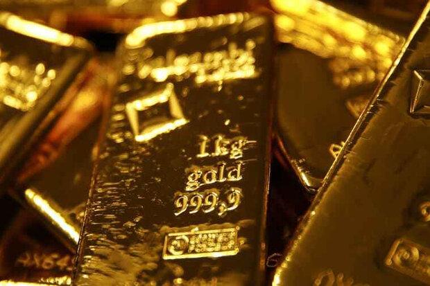 قیمت جهانی طلا به بالاترین سطح یک هفتهای رسید و سپس افت کرد