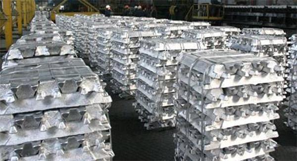 کاهش 1.5 درصدی قیمت آلومینیوم