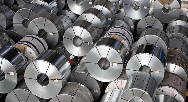 اختلاف ۵۰ درصدی قیمت ورقهای فولادی از بورس تا بازار