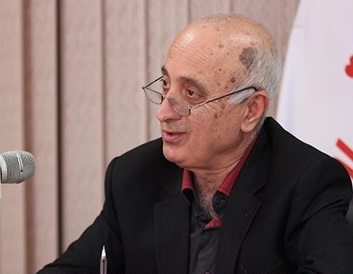 حکیمیپور: دولت سفره مردم را با گران کردن ارز کوچک کرد / حقوقهای نجومی کنونی در هیچ دولتی نبوده