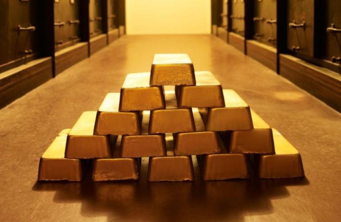 تحلیلگران بسیار محتاطانه به طلا نگاه می کنند. شما چطور؟