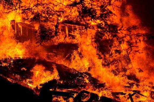ببینید | فیلمی هولناک از آتش سوزی در کالیفرنیای آمریکا