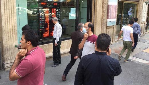 تغییر تاکتیک در بازار ارز/آخرین قیمتها پیش از بازگشایی بازار ۸ آبان
