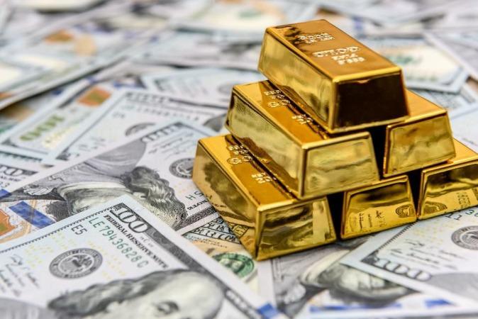 پایان تعطیلات با سقوط طلا همراه شد، قیمت طلا تا پایان هفته چگونه خواهد بود؟