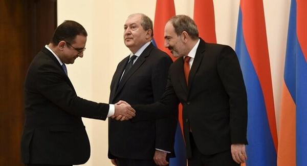 استعفای وزیر اقتصاد ارمنستان