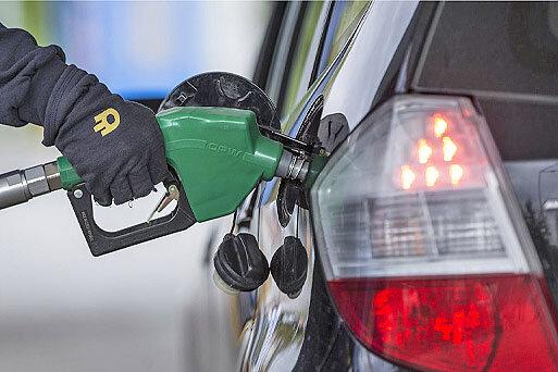 مراجعه به پمپ بنزینها به ساعت شروع منع تردد موکول نشود