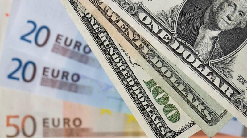 یورو بالاخره جایگزین دلار در تبادلات مالی جهان شد
