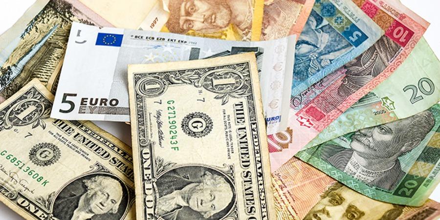 کاهش نرخ دلار در صرافی ملی/رشد قیمت یورو، پوند و ۲۹ ارز بانکی