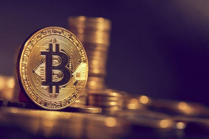 قیمت بیت کوین تا سال آینده بیش از دو برابر خواهد شد