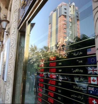 حرکت دلار و سکه از قله به دره+ نمودار