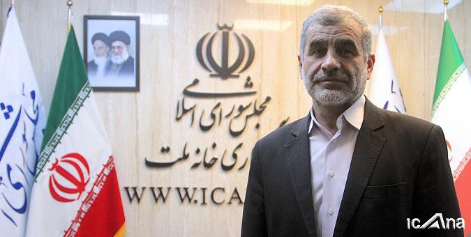 بازدید علی نیکزاد از تحریریه خبرگزاری خانه ملت