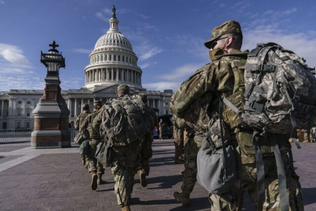 افبیآی از ترس حمله خودی، گارد مستقر در واشنگتن را رصد میکند