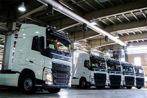 خودروسازان داخلی در تولید خودروهای سنگین بهتر عمل میکنند