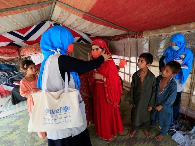 طالبان از روند واکسیناسیون کرونای دولت کابل حمایت میکند