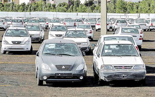 افت۸ درصدی قیمت خودرو تحت تاثیر دلار ۲۳ هزار تومانی