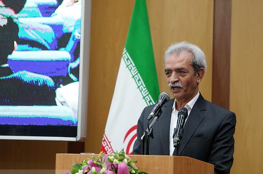 هشدارهای مهم شافعی به قالیباف: کشورهای همسایه برای جذب سرمایههای ایرانی آمادهاند