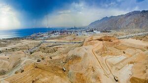 ۷ سال فرصت سوزی وزارت نفت/ پالایشگاه سیراف تبدیل به آهن ضایعاتی می شود؟