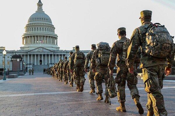 «اف بی آی» سوابق نظامیان اعزامی به واشنگتن را بررسی می کند