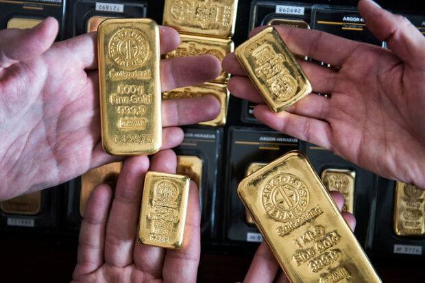 قیمت جهانی طلا با افت دلار رشد کرد/ هر اونس ۱۸۶۰ دلار