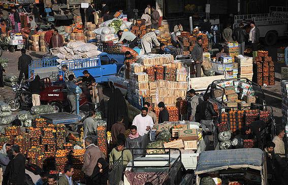 سیطره دلالان بر بازار میوه و ترهبار +جدول قیمت