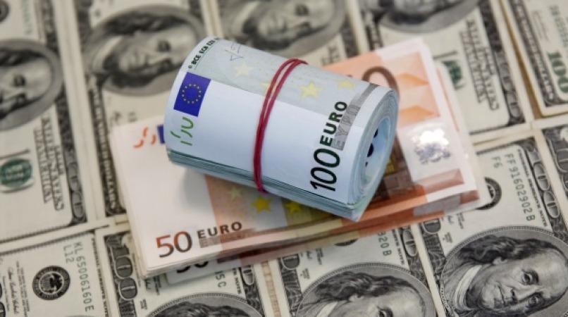 کاهش شدید قیمت دلار و دیگر ارز ها در بازار و صرافی ملی