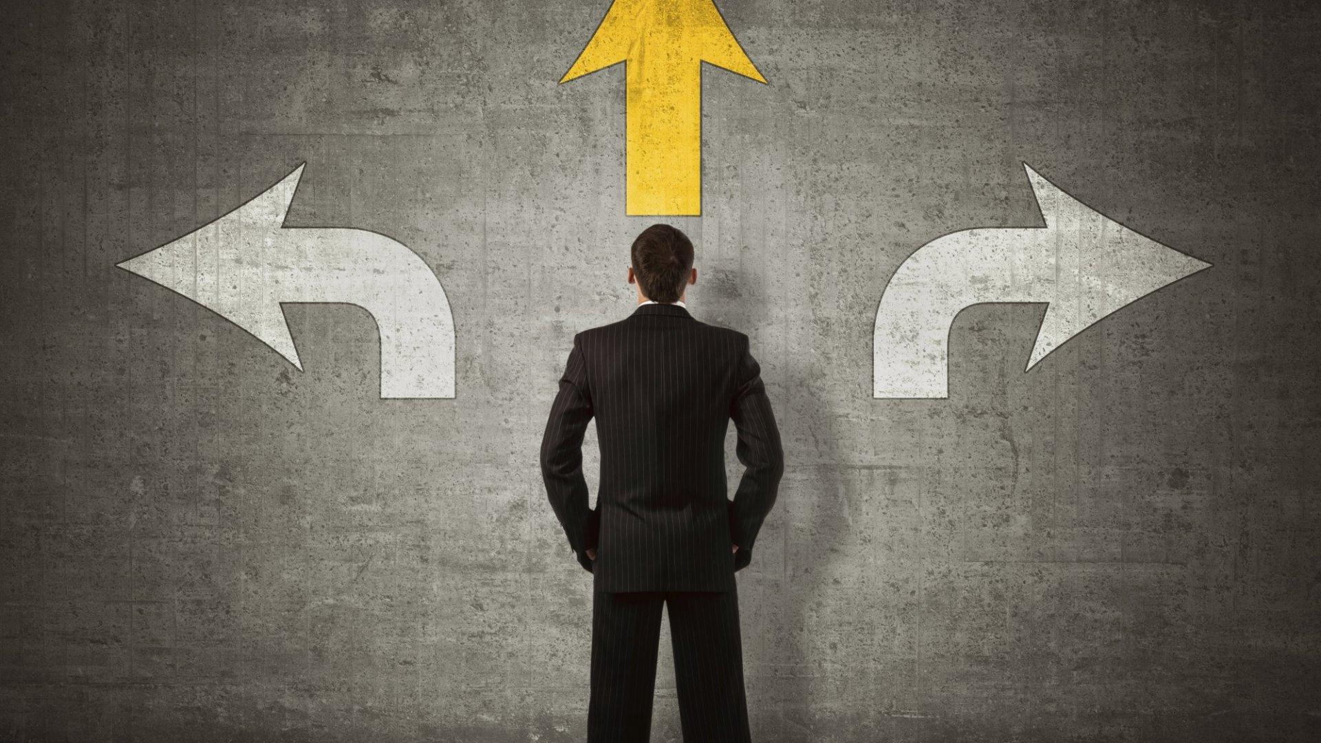 ۵ گام ساده اما کاربردی برای تصمیم گیری درست و منطقی