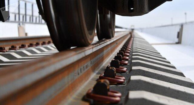 افزایش سرعت عبوری قطار و عمر مفید تکه مرکزی سوزن ریل