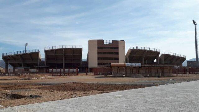 تکمیل ورزشگاههای خرم آباد و بروجرد نیازمند ۱۳۰ میلیارد تومان اعتبار است
