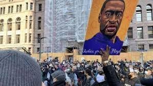 تظاهرات ضدنژادپرستی در مینیاپولیس آمریکا درآستانه محاکمه قاتل جورج فلوید