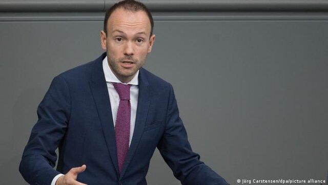 رسوایی فساد در معاملات ماسک در آلمان؛ استعغای نماینده مجلس
