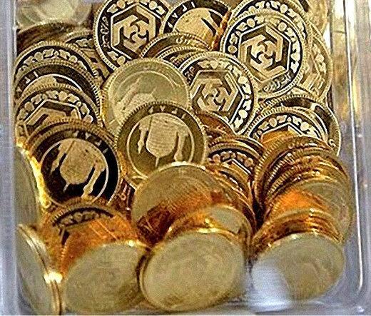 سکه از کانال حساس ۱۰ میلیون تومان عقبنشست/سکههای خانگی به بازار آمدند