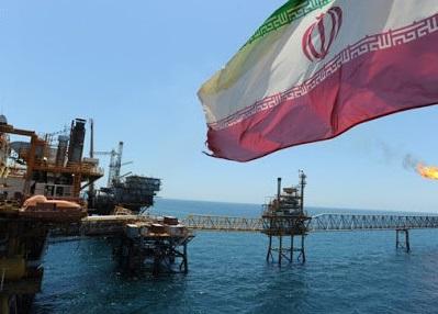 بلومبرگ به نقل از منابع آگاه خبر داد: ایران به دنبال مشتریان قدیمی نفت