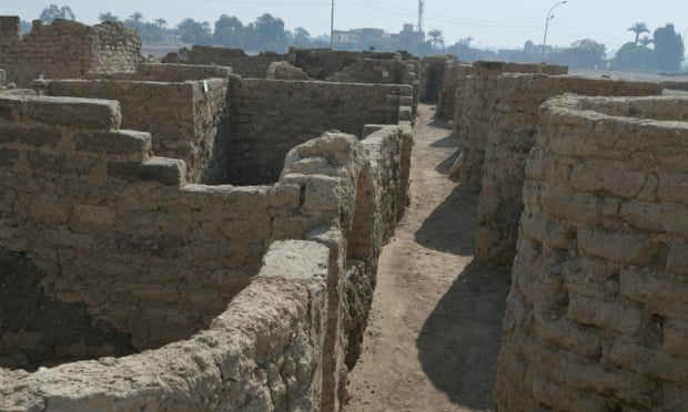 کشف «شهر طلایی گمشده» با قدمت سه هزار سال در مصر