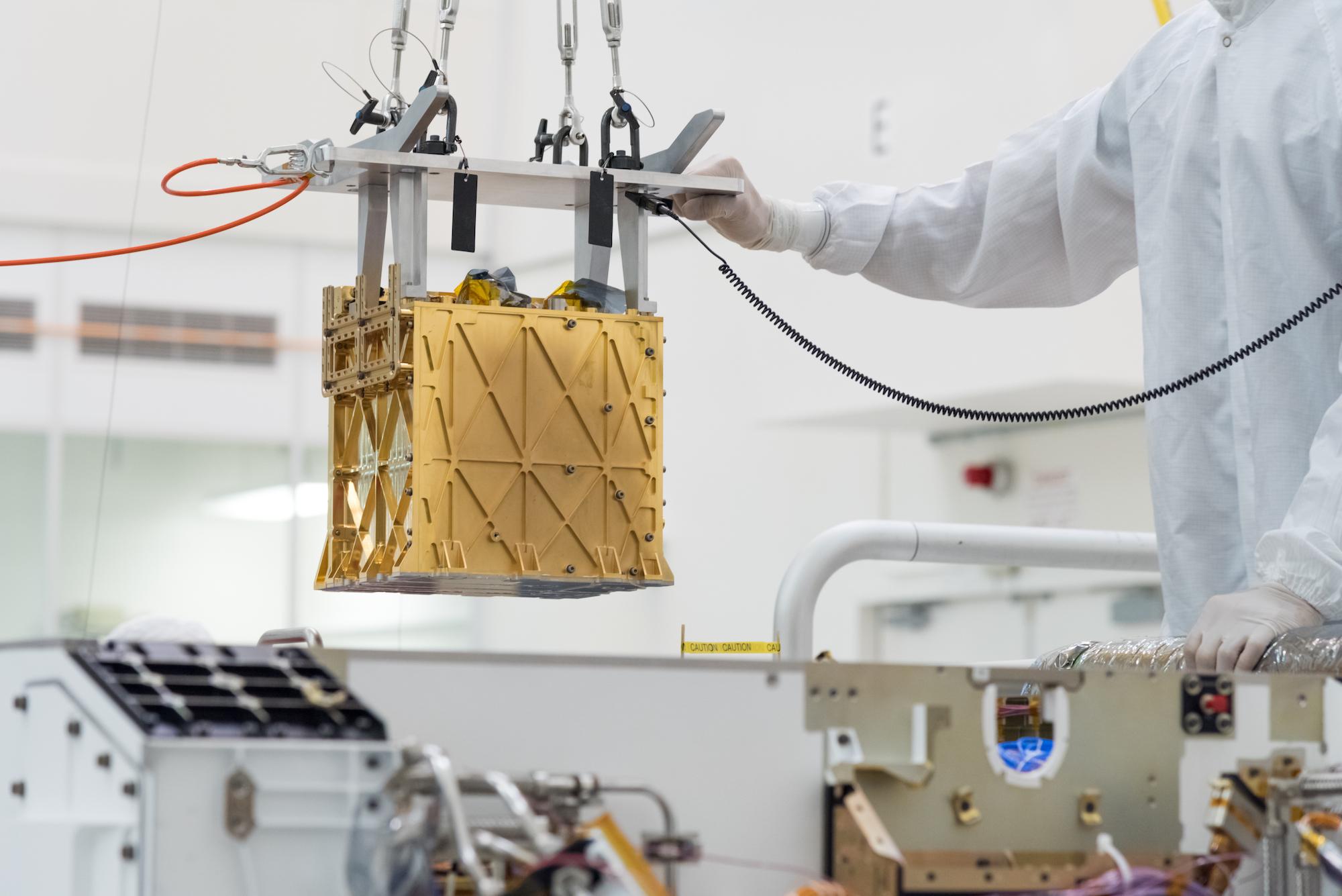 مریخنورد استقامت برای اولین بار از جو مریخ اکسیژن تولید کرد