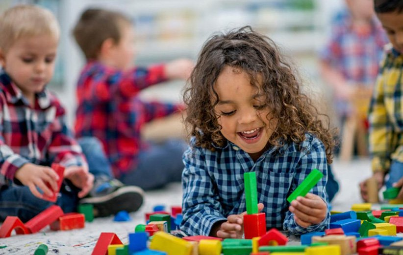 ۹ دلیل برای اثبات اهمیت بازی کردن در رشد کودک