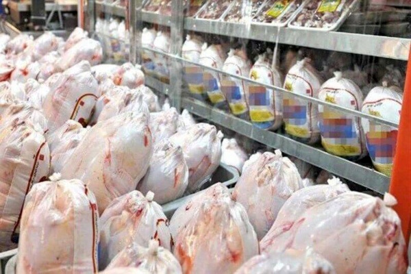 تولید ۱۴۶ میلیون قطعه مرغ در اسفند ۹۹ و دهه اول فروردین ۱۴۰۰