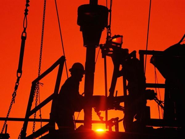 افزایش شمار دکلهای نفت و گاز آمریکا برای پنجمین ماه پیاپی