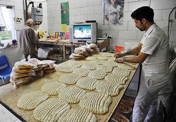 """""""بیکاری"""" یکی از تبعات آزادسازی مجوز نانواییهای سنتی است/ آزادسازی قیمت نان چرخ زندگی کارگران را به گِل مینشاند"""