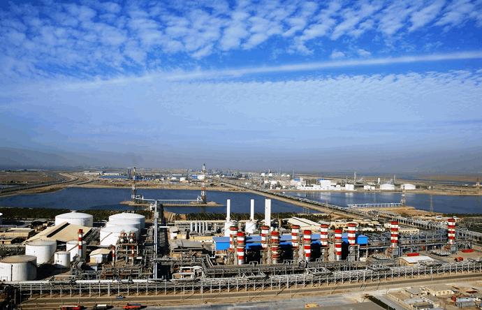 تاثیر عملکرد شرکت فجر انرژی خلیج فارس بر اقتصاد ملی در سال 1399