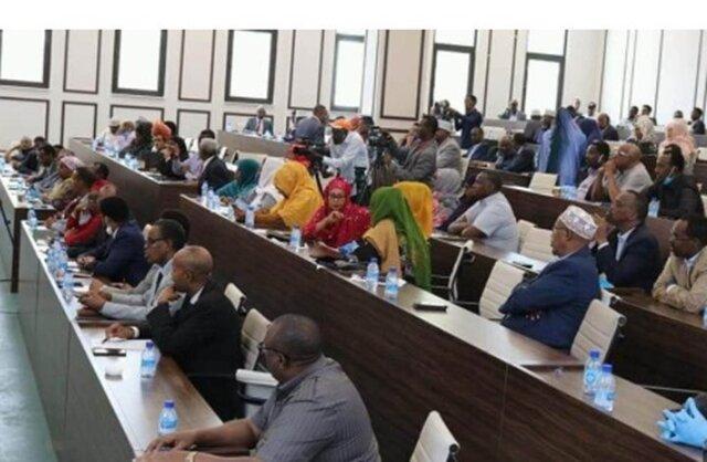 انتخابات سومالی ظرف ۲ سال آینده/ برکناری رئیس پلیس مگادیشو پس از اظهارنظر سیاسی