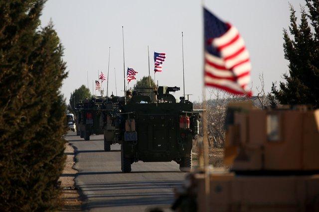 انتقال ۲۴ کامیون حامل سلاح به پایگاههای آمریکا در حومه حسکه