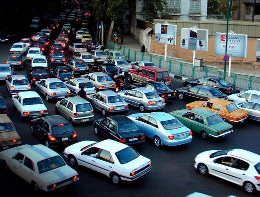 رکود بازار خودرو ترمز گرانی را کشید/ وانت پراید ۱۱۳ میلیون تومان شد