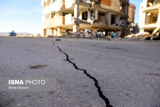 صنایع پتروشیمی جنوب ایران از زلزله آسیب دیده اند؟