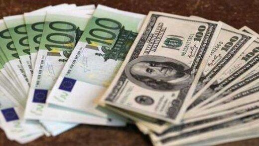کاهش شکاف در بازار ارز/ میزان تزریق دلار و یورو در آخر هفته چقدر بود؟